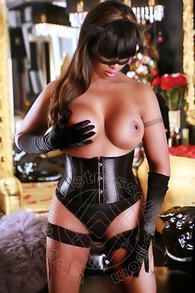 Lady Athenea  RENDE 3455747992